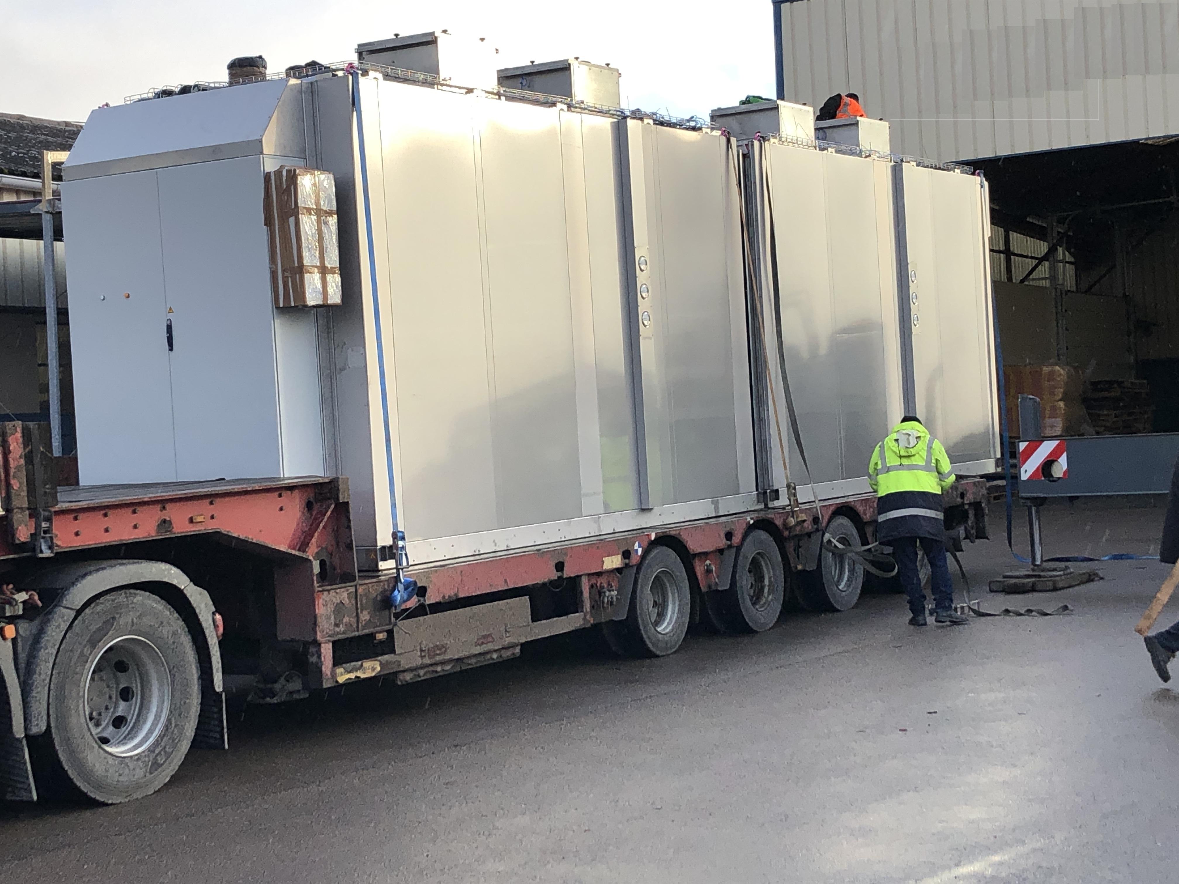 tunnel de cuisson avant départ sur camion